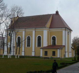 Kosciol-Podwyzszenia-Krzyza-Swietego-w-Lidzie  junior.bialystok.pl